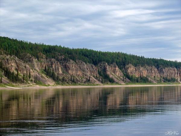 Берега Олёкмы у метеостанции Дикимдя