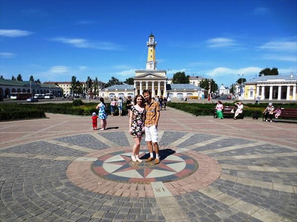 Пожарная каланча и солнечные часы, Сусанинская площадь, Кострома