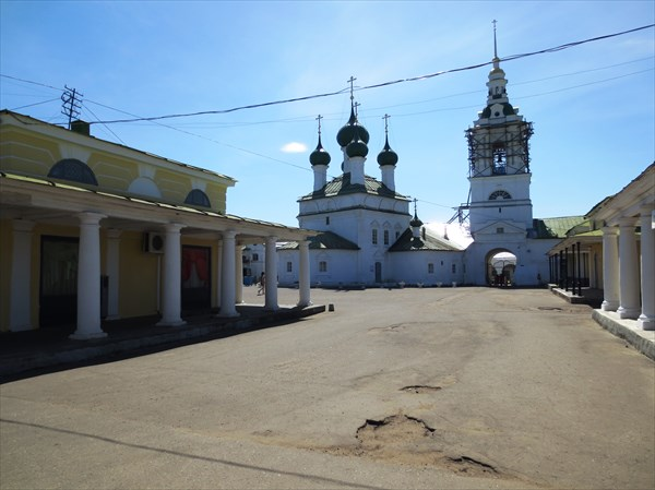 Церковь Спаса в Рядах сер. 18 в., Кострома