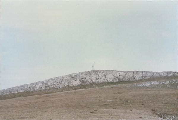08. 29.04.1996 Вдали видна метеостанция