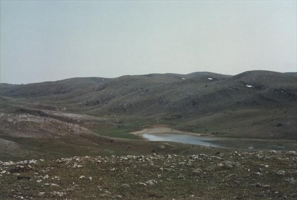 25. Озеро Эгиз-Тинах