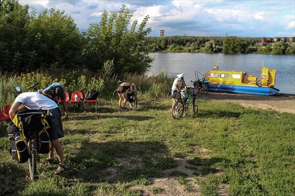 Переправа через Москву реку