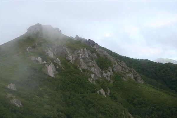 947м, вторая вершина г.Вайда. Автор фото - Надежда-географ.