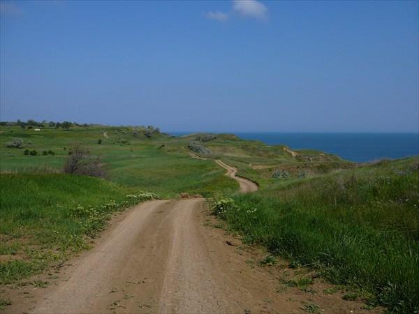 Дорога вдоль Азовского моря