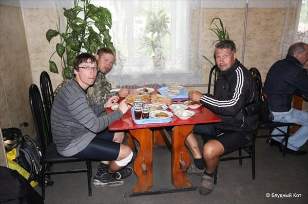 Обед в Бее