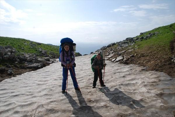 Саша и Иван - туристы-альпинисты