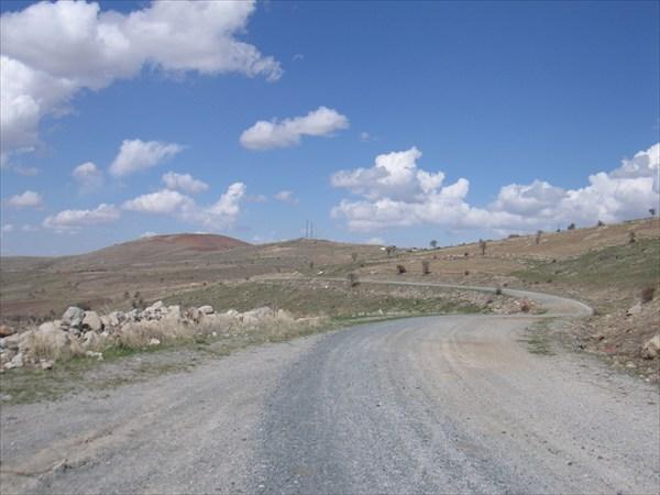 Спуск с отрогов Эрдаша 1552 м