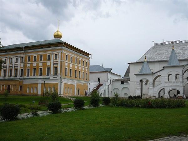 Самуиловый корпус и Белая палата