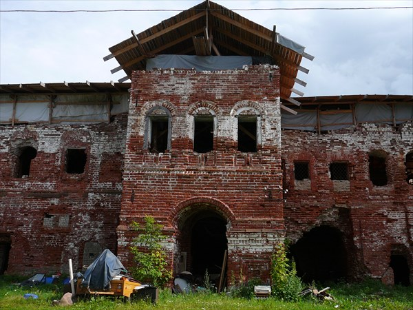 Очень древний монастырь (997 год)