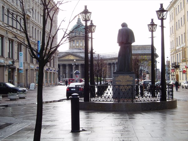 Памятник Н.В. Гоголю, 1997
