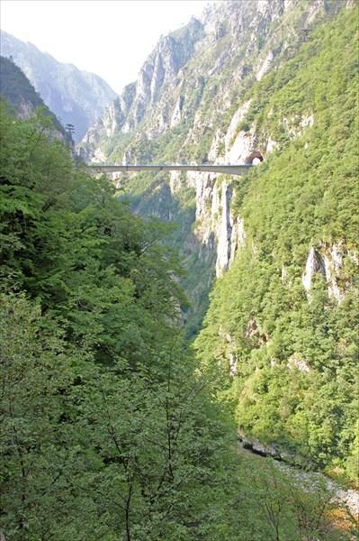 Уникальный безопорный мост