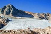 ледник и вершина Фишта