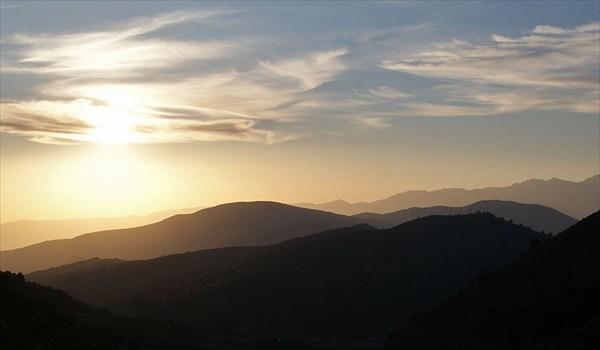 Закат в горах Чимгана