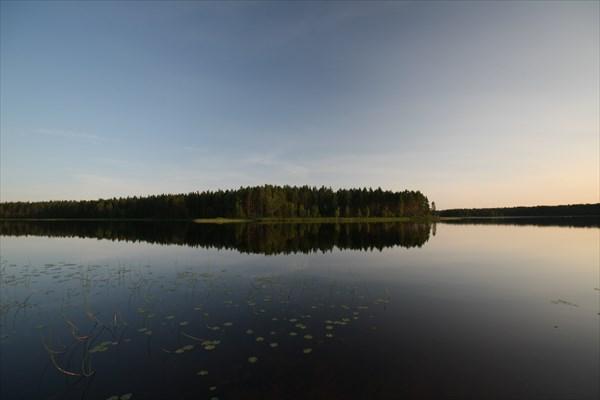 Озеро Уксиярви