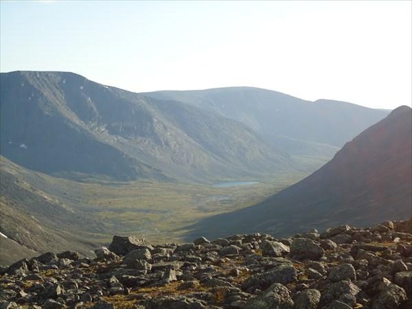 Вид на долину р. Малая белая с перевала