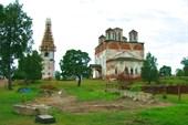 18 июля 2006г. Река Лух. Реставрация монастыря во Фролищах.