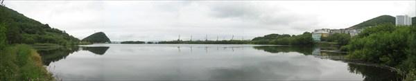 Озеро почти в центре города.