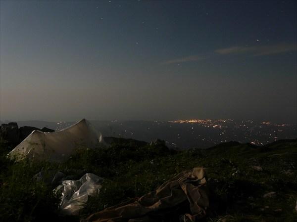 P1020717 Море и Гудаута ночью