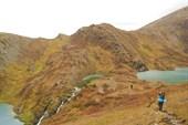Каскад озёр между перевальными седловинами