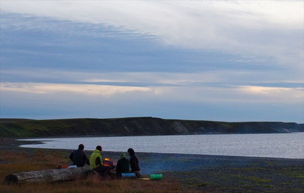 Предпоследний лагерь на Карском море. Полночь