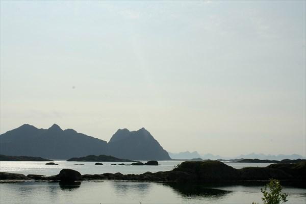 Вид на Vestfjord из Свольвера