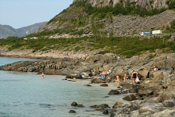 Пляжники на Rorvikstranda