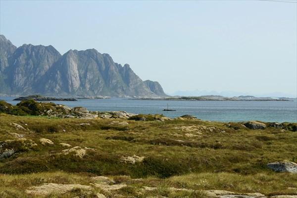 Вид на пролив Gimsoystraumen