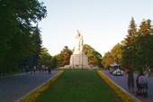 Памятник `Пантеон` в Варне