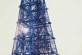 Деревянный маяк на побережье Онежского полуострова