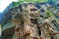 Висящие гробы Луобяо