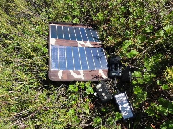 Солнечная батарея, зарядка аккумуляторов.