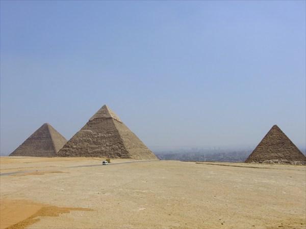 Вид на Каир с Гизы
