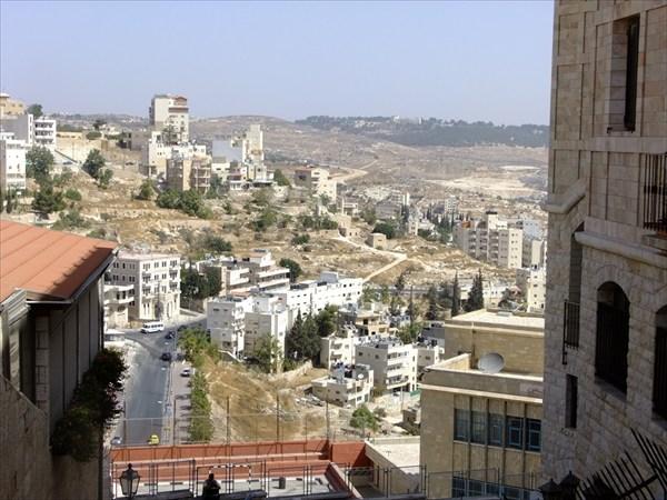 Вид на Израиль из Палестины