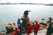 Памятник андерсеновской Русалочке