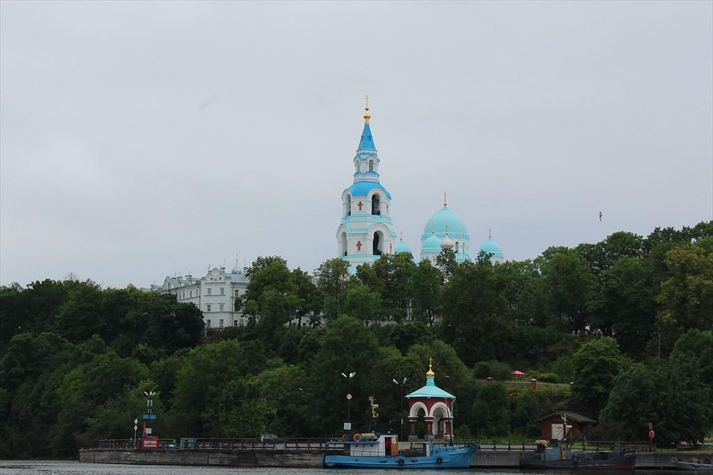 Купола главного комплекса на о.Валаам