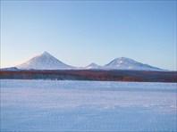 Сопка Ключевская, гора Средняя и гора Плоская-Ближняя-Вулкан Ключевская Сопка