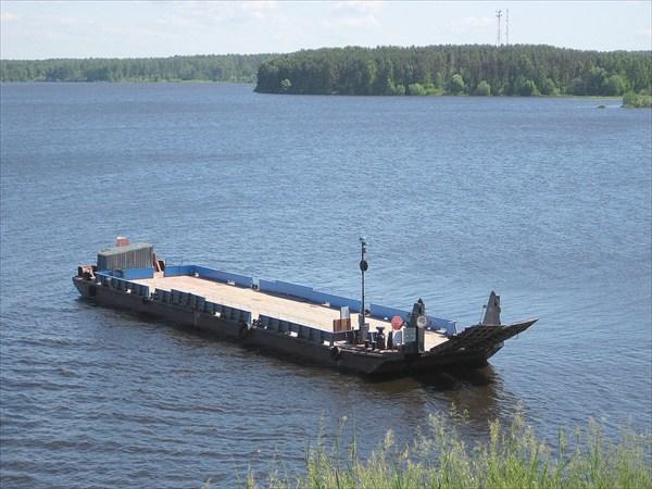 Волга.Паром