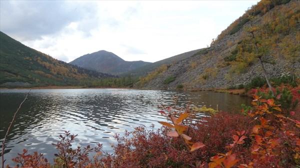 на фото: Озеро Корбахон