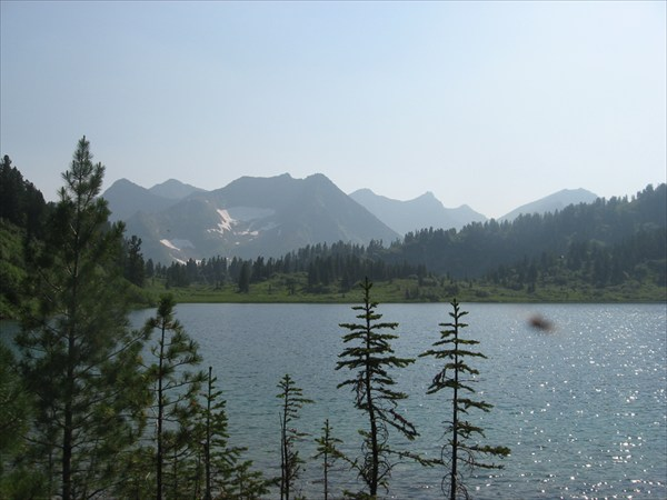 Озеро и Кинзелюкский хребет
