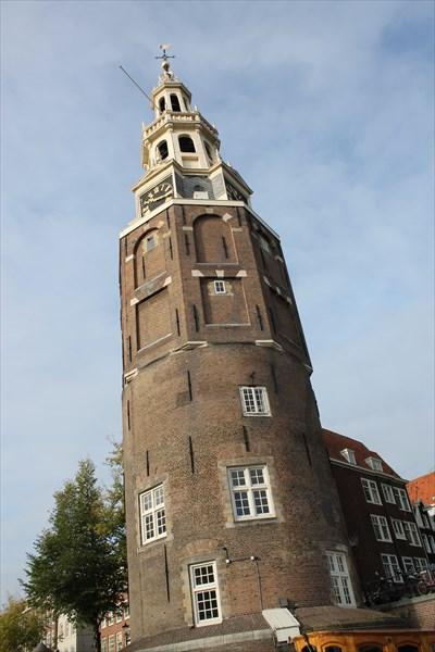 Сторожевая башня Монтелбансторен