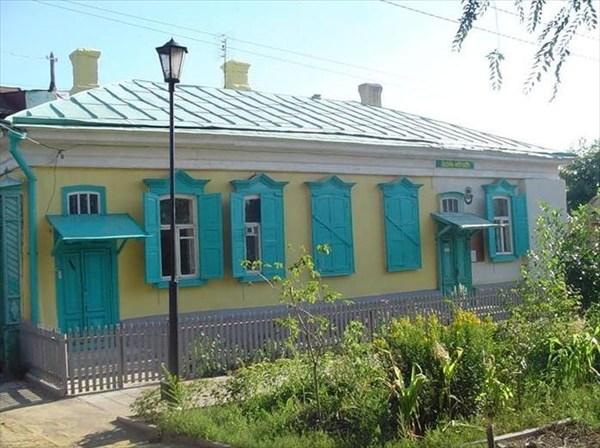 Музей-квартира семьи Ростроповичей