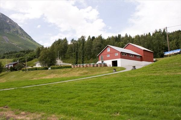 Фермерский дом.
