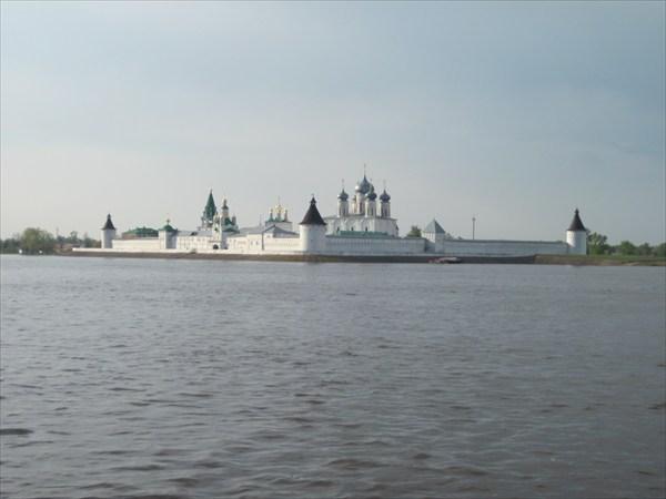 Макарьево Свято-Троице-Макарьево-Желтоводский монастырь