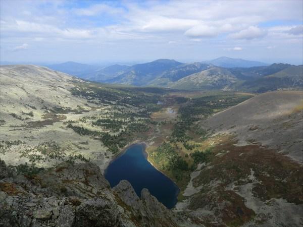 на фото: Бащелакский хребет
