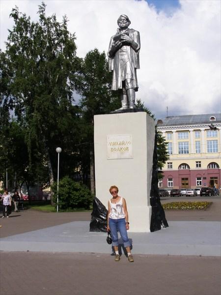 Памятник с сердцем Усть-Илимск Лампадка из покостовского гранита Кисилевск