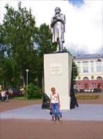 4 Памятник Михаилу Волкову