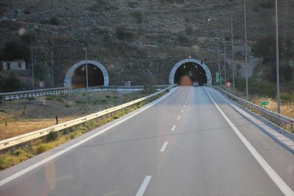 043-Тоннель