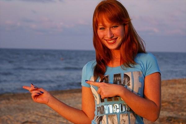 Девочка и Море. Азов.
