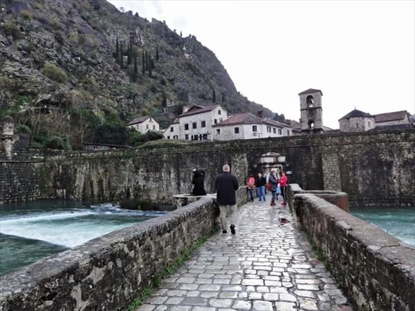 Северные речные ворота в Старый город.