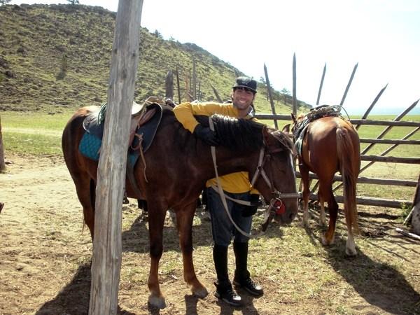 Байкал. Лошадь. бухта Крестовая